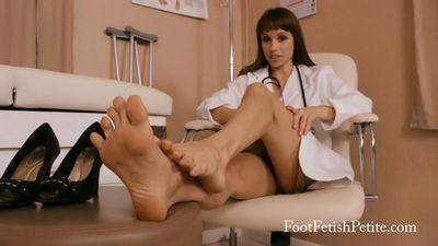 Foot Fetish Petite - Doctor's Tired Feet Alyssa Kayson