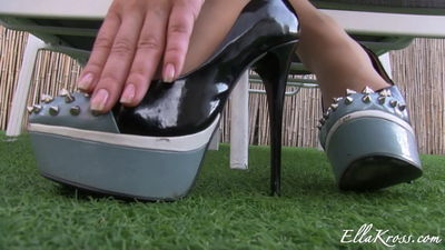 Ella Kross - Jerk-Off to our Nylons and Feet featuring Anna Myst!