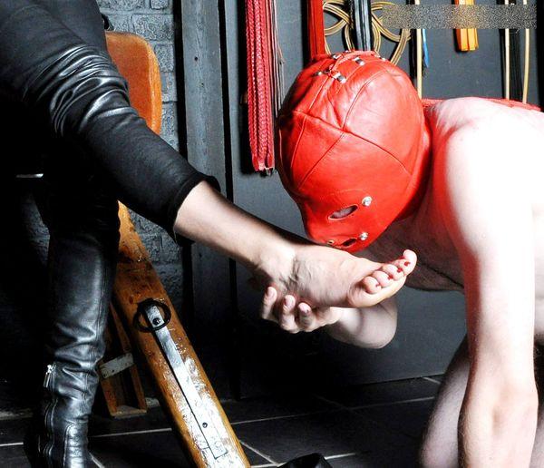 FemmeFataleFilms - Mistress Akella - Feet Treat part 1-2 update