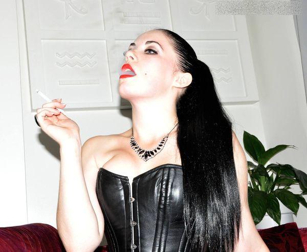 FemmeFataleFilms - Lady Sophia Black - Sophia's Smoke complete