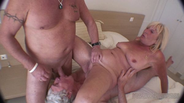 FemdomShed - Cuckoldress Diane - Roger is gona make me ejaculate like you never could then you can lick his cum off my pussy like a good little cuckold