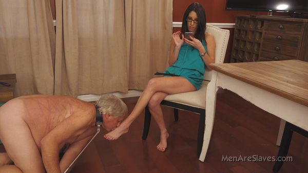 MenAreSlave - Dava - The Redder The Better