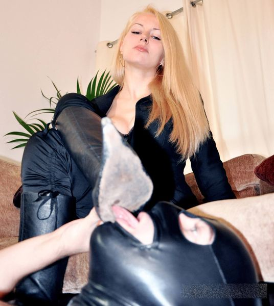 FemmeFataleFilms - Mistress Eleise de Lacy - Becoming Her Slave part 1-4 update
