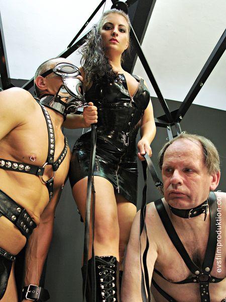 Schlagendegirls - Miss Anna - Two new slaves