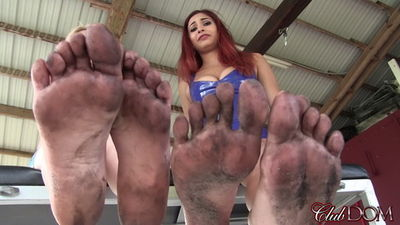 Clubdom - Rikki Rumor & Jade Dirty Feet