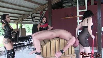 Clubdom - Michelle & Tangent Ass Worship