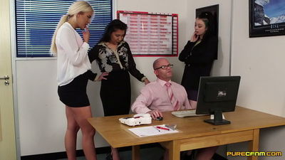 Pure CFNM – Office Voyeurs