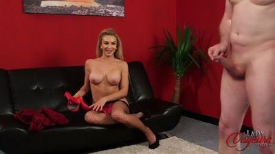 Lady Voyeurs - Summer Thomas - Love Teasing Men