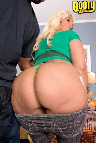 Big Boobs Film TUBE - Blonde - Popular 681458 videos