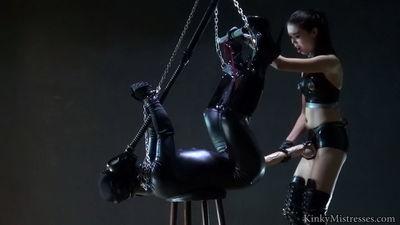 Kinky Mistresses - Nelja - XL Strapon Fuck