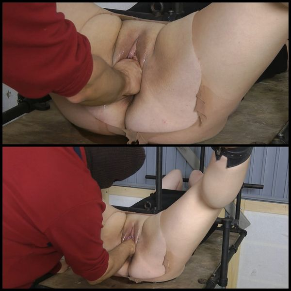Fist in pussy with AmateureXtreme