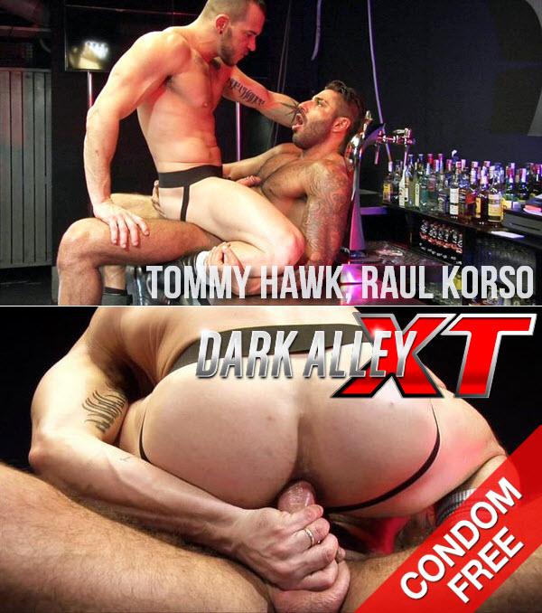 DarkAlleyXT: Tommy and Raul's Sweaty Flip Fuck (Tommy Hawk, Raul Korso) (Bareback)
