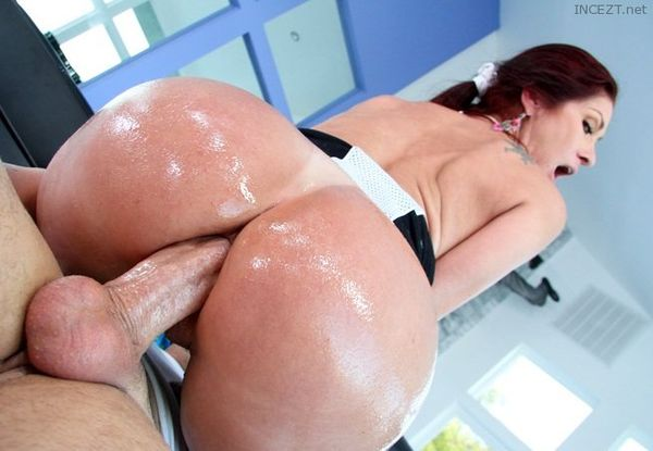Red head's with hot asses