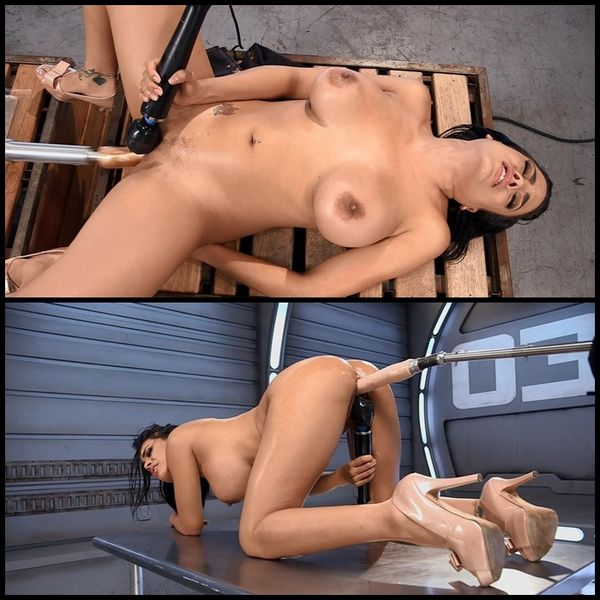 (07.10.2015) Sexy Latin Babe Machine Fucked into Squirting Orgasms