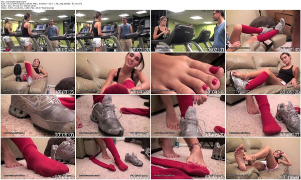 GlamBitches - Fit barefoot princess teases but does not put out