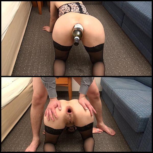 One Night Stand mit SexyN Weinflasche im Arsch