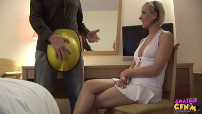 Amateur CFNM - Tracy Venus - Preparing For Friends