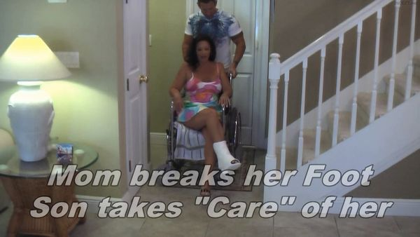 Mom Breaks Her Foot HD