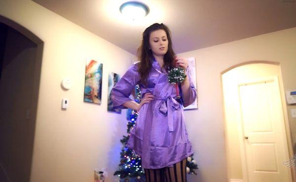 Mistletoe Mommy – Princess Ellie Idol HD