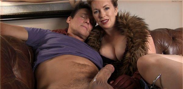Bedtime Release For Milf Moms Boy Hd  Family Incest Porn -1200