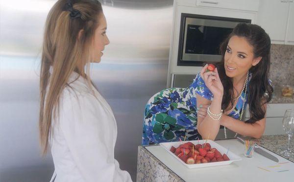 Garden Party Goodies – Jelena Jensen & Kimmy Granger HD