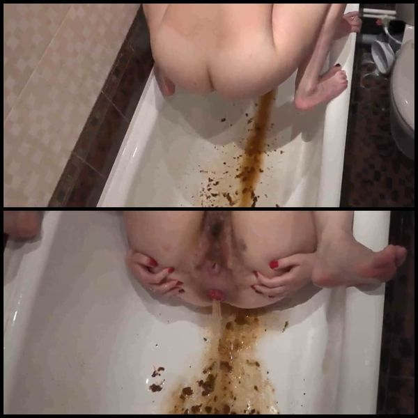 Girl with hairy by a pussy and asshole in the bathtub makes an enema
