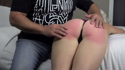 Young blonde pussy fuck