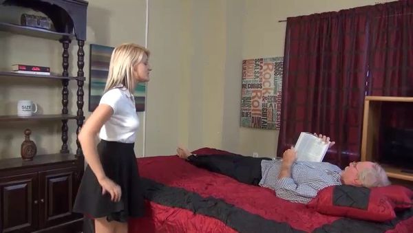 Hope Harper – A Treat For You Uncle HD