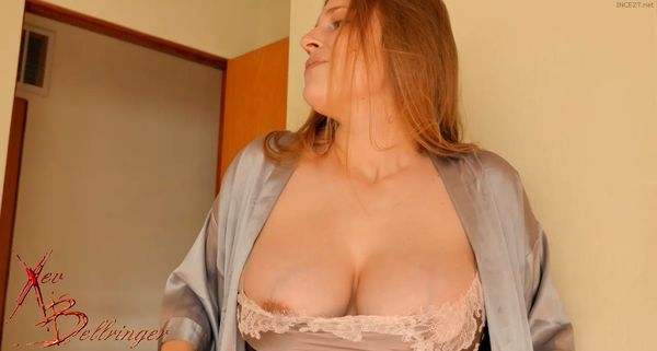 Xev Bellringer – Mommy's Special Christmas Gift HD