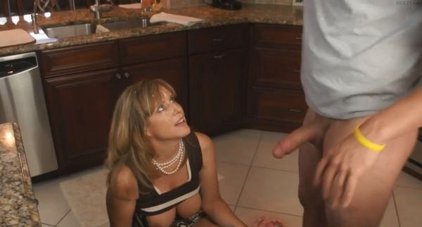 29 jodi west has a quick fuck with her son 9