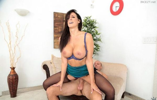 Hot milf massaging her client during a conference call - 1 part 5