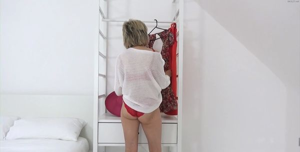 Lady Sonia – My Stepson Asks If He Can See My Huge 34g Cup Tits HD