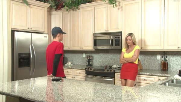 A Mother Fixation – Jodi West HD
