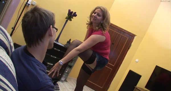 Milf Olivia With Her Stepsons HD