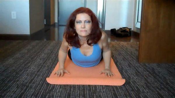 Dana Devereaux – Mom`s Fucking Yoga Lesson HD