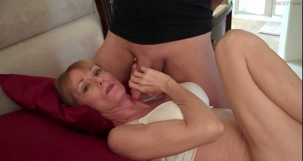 Melanie Skyy – MOTHER SON, MOMMIE WHORE, HUBBY & SON COMPETING FOR MY MOUTH!