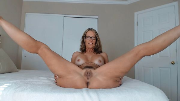 Amateur mother fucks her young lover 7