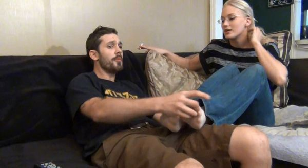 Bratty Sister Handjob Footjob-Mom And Dad Unaware HD