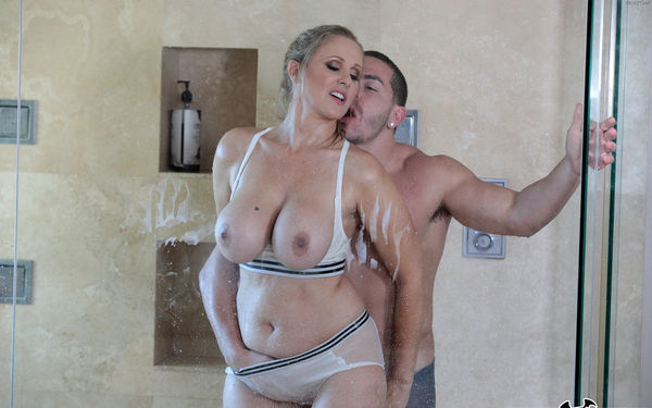 Fucking The Stepson In The Shower – Julia Ann HD