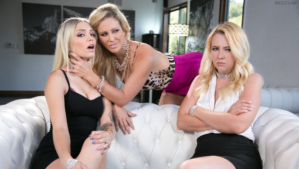 Samantha Rone, Cherie DeVille & Alex Grey – Mafia Mom HD