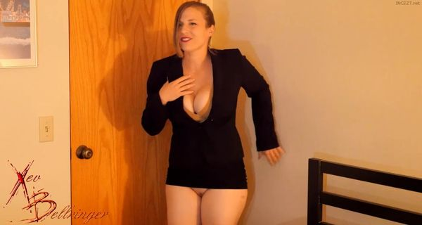 Xev Bellringer – Your Slutty Stepmother Swallows HD