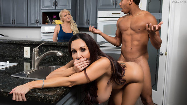 One Strict Mama – Ava Addams HD [Untouched 1080p]