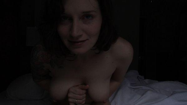 Bettie Bondage – Bedtime Story HD
