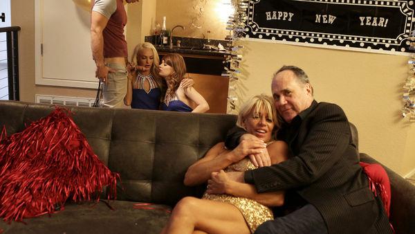 New Years Family Fuck – Ariel Mcgwire, Emma Hix HD