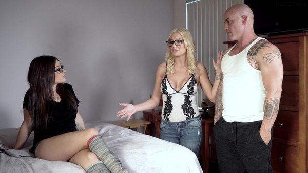 Kenzie Taylor And Lacey Channing – Platonic Turns Pornographic HD