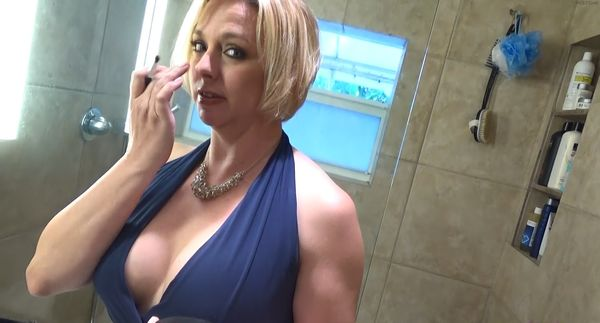 One night stand with hot young milf