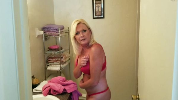 MsParisRose – Mommy Son Playtime HD