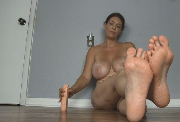 Femdom Stocking Feet Worship