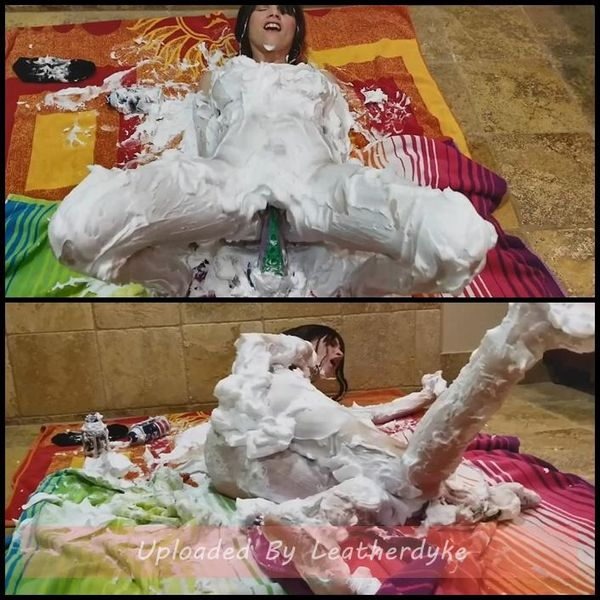 Messy Shaving Cream fun Fisting with Emmas Secret Life