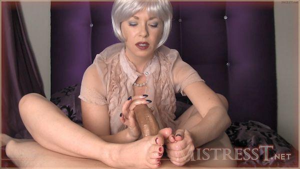 Mistress – T – Fetish Fuckery – Mature Woman Seduces HD